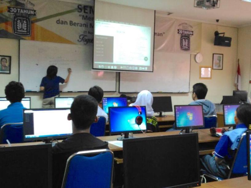 Workshop II Besut codes SMAN 3 Bandung