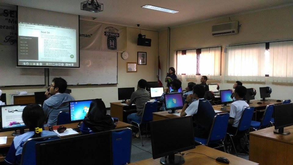 Lokakarya Pemula Besut Kode SMA Bandung