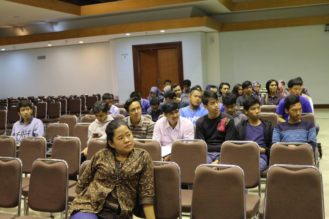 Sosialisasi Besut Kode Universitas di Jakarta