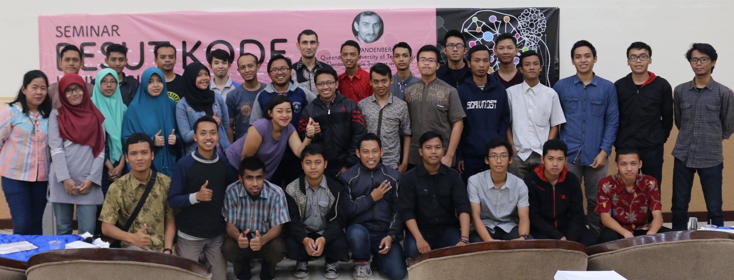 Sosialisasi Besut Kode Universitas di Malang